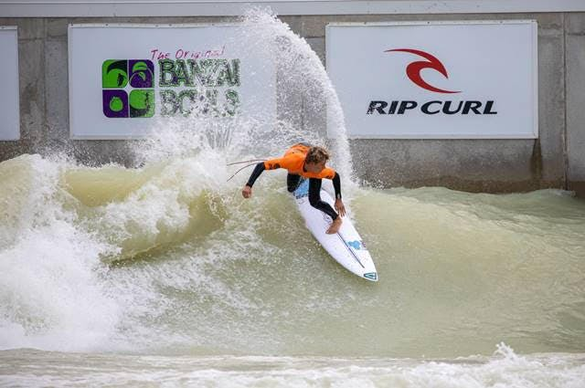 Surf Competition in a PerfectSwell Wave Pool